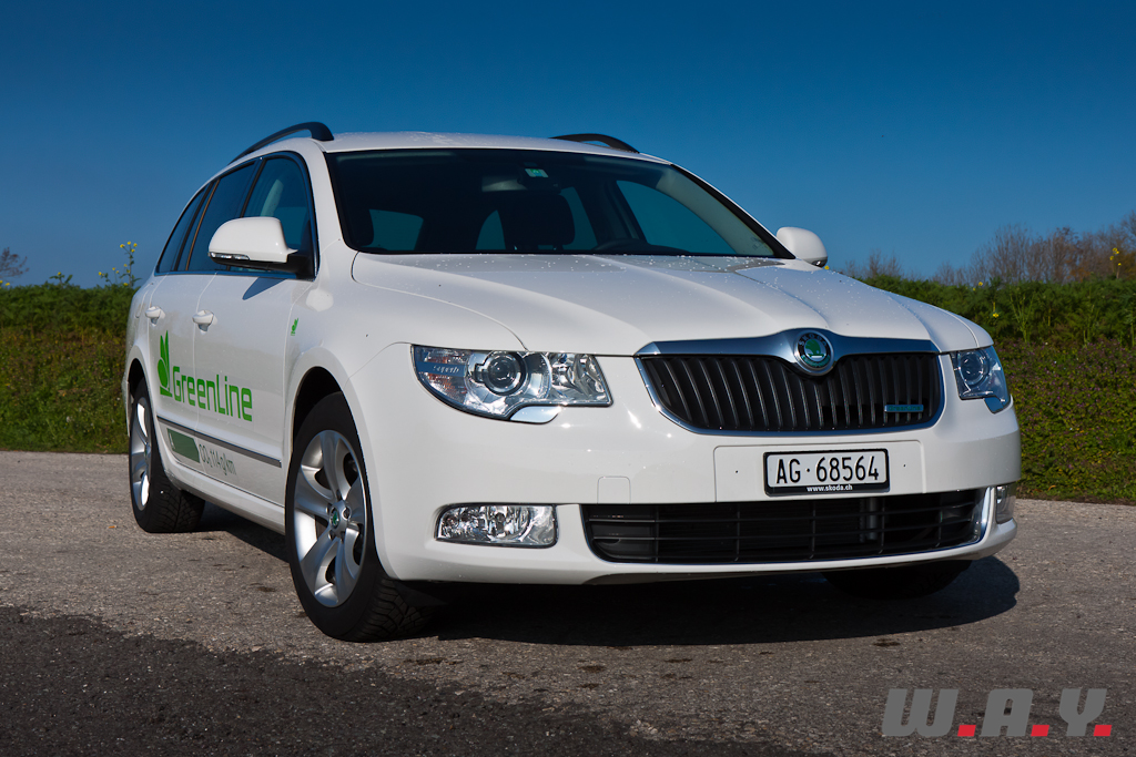 essai skoda superb combi et tch que et mat wheels and. Black Bedroom Furniture Sets. Home Design Ideas