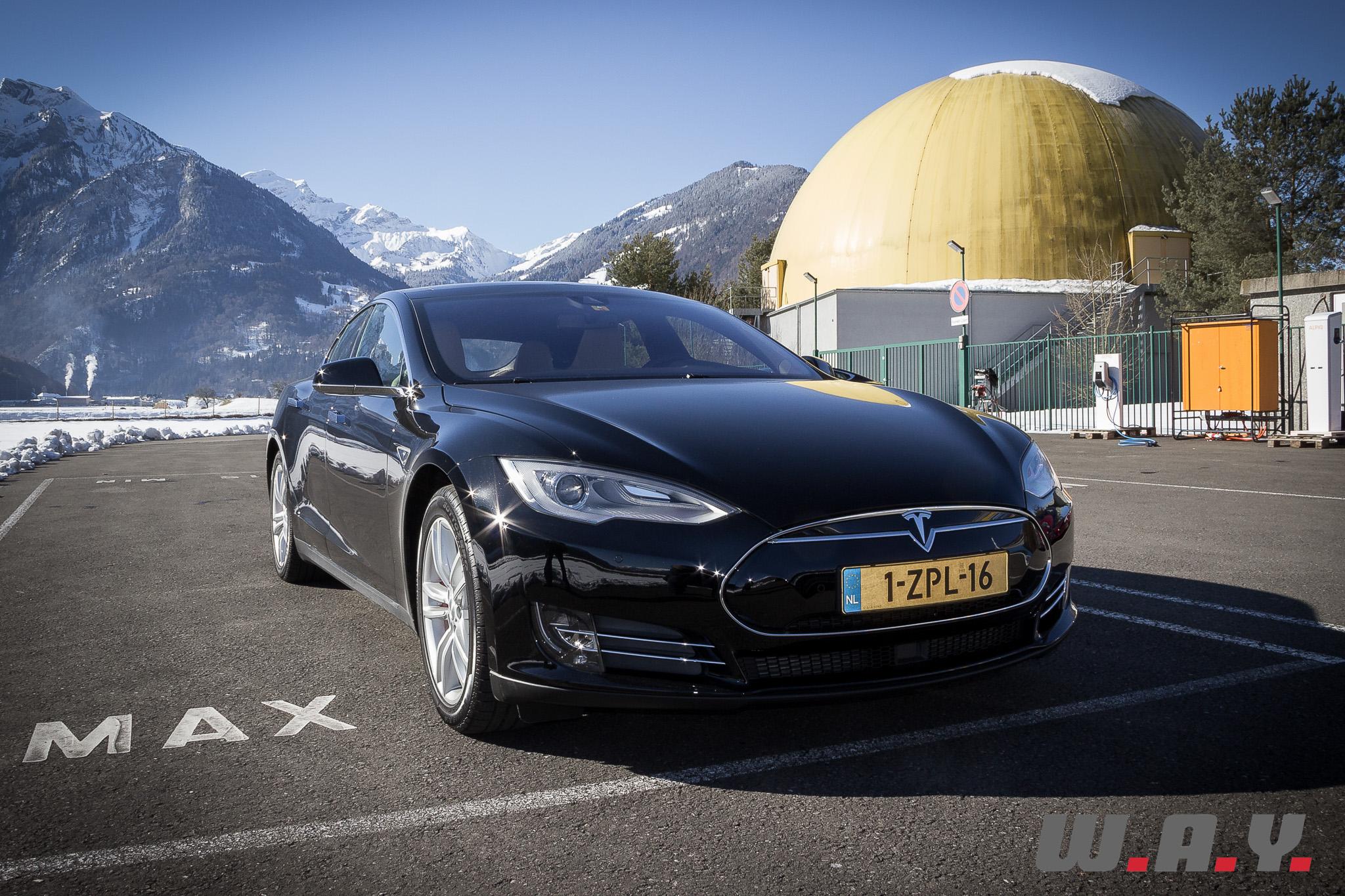 TeslaModelSP85D 10