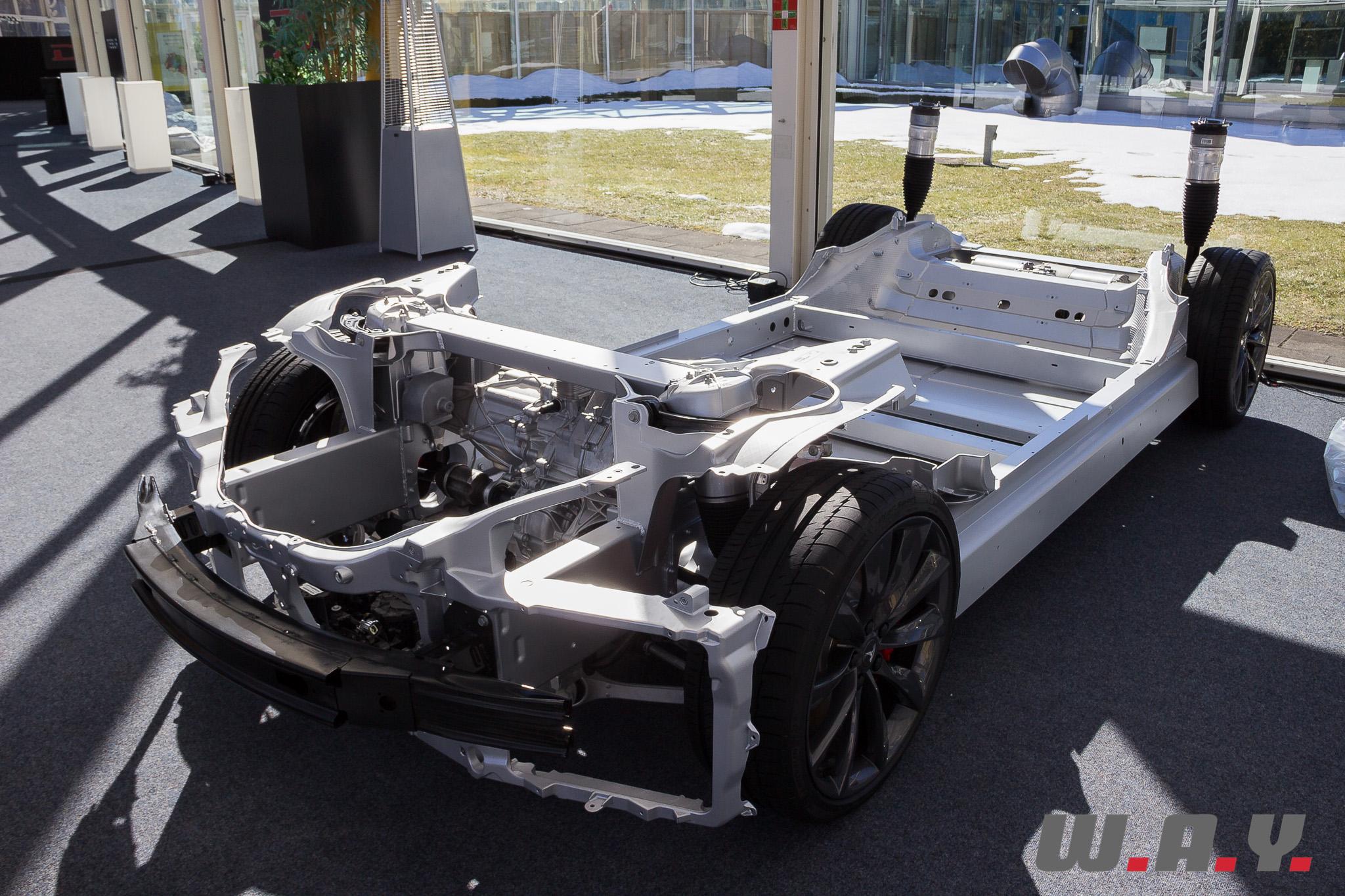 TeslaModelSP85D 22